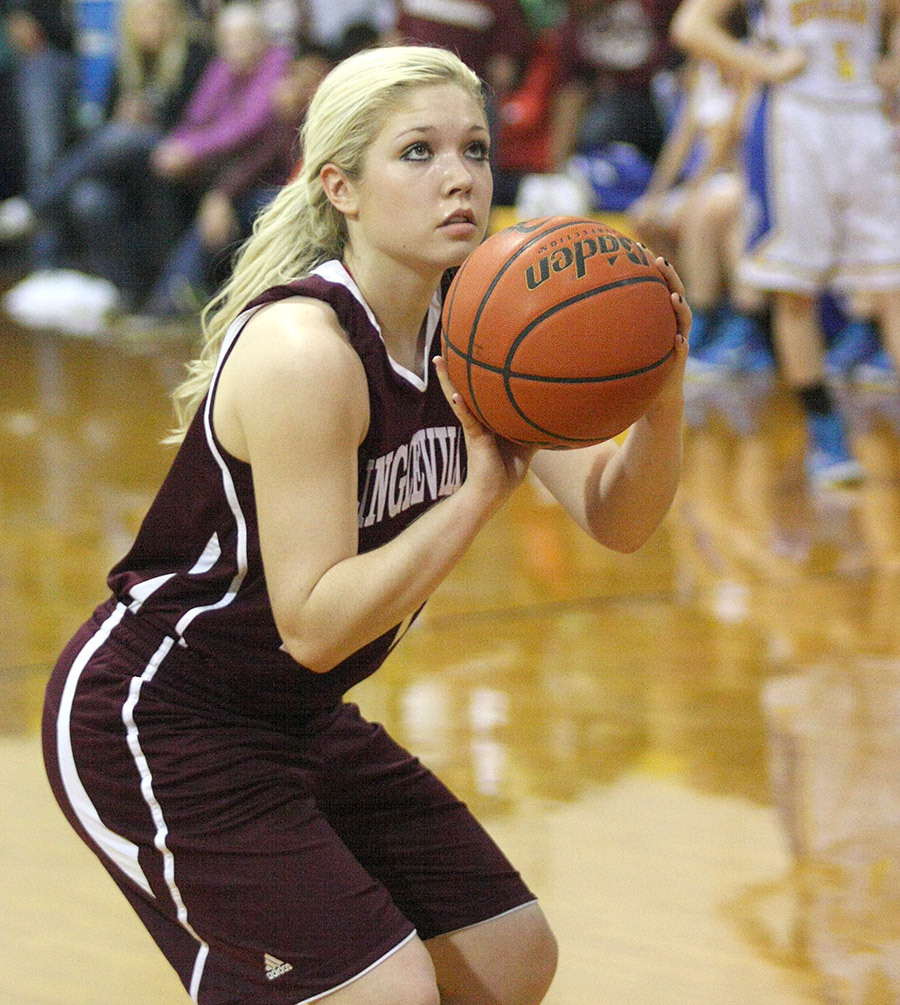 Marley Wood scored 15 for Lingleville Friday.    Photo by BRAD KEITH