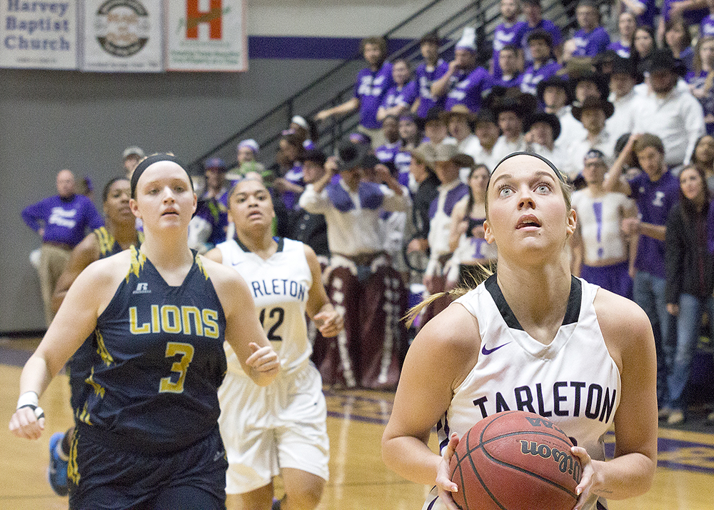 Meagan O'Dell hit three 3-pointers against Texas A&M-Commerce Sunday. || Photo by Dr. Chet Martin