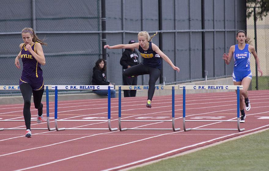 Kristen Pettit hurdles