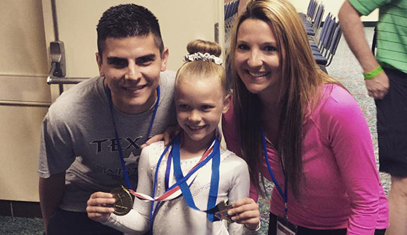 Walker Wins 11th Gold Medal For Texas Twisters The Flash