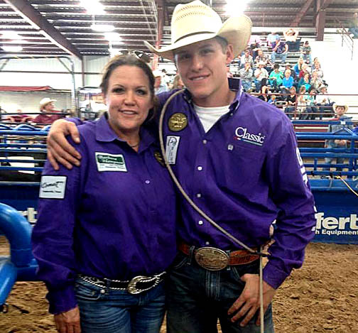 Marty Yates, shown with aunt and 17-time WPRA champ JJ Hampton, won the Pool A, Round 2 tie-down roping at the Calgary Stampede in Calgary Saturday.