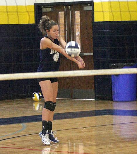 Honeybee volleyball practice 06