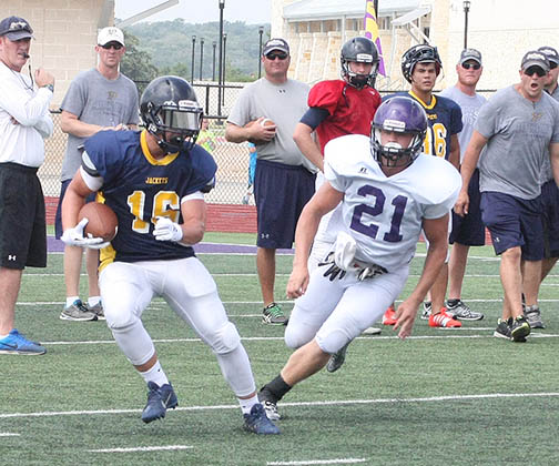 Sville-Liberty Hill scrimmage 16