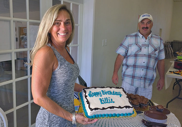 Bille Sargent's birthday falls in the 15th of August so she got a special early birthday cake too.