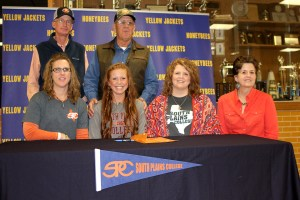 Lariat Larner signed with South Plains College for rodeo Tuesday. || TheFlashToday.com photo by BRAD KEITH