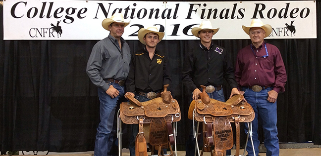 World No 3 Heeler Wesley Thorp Wins Cnfr Team Roping
