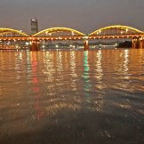 Night time cruise on the Han River.
