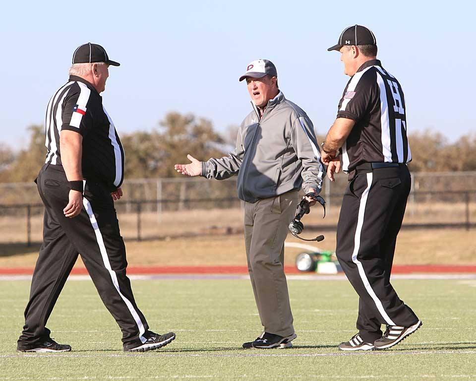 In five seasons at De Leon, David Yeager has guided the Bearcats to the regional semifinals in 2013 and the state quarterfinals this Friday. They meet Crawford at 7:30 p.m. at Tiger Stadium in Glen Rose. || TheFlashToday.com photo by RUSSELL HUFFMAN