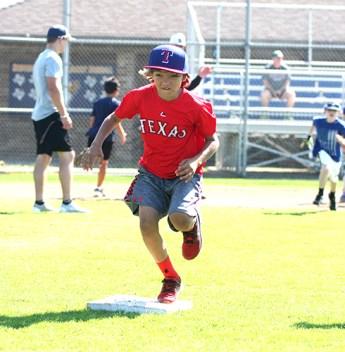 Yellow Jacket baseball camp 15