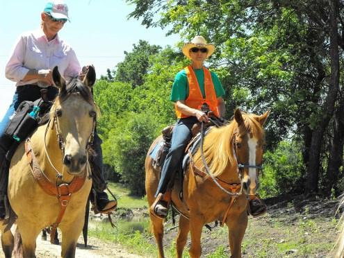 Diane Tidwell, Cowboy Capital MS Trail Ride organizer on the right