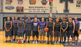 Texan Alumni Basketball game 21