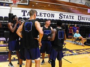Texan Alumni Basketball game 39
