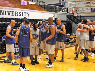 Texan Alumni Basketball game 60