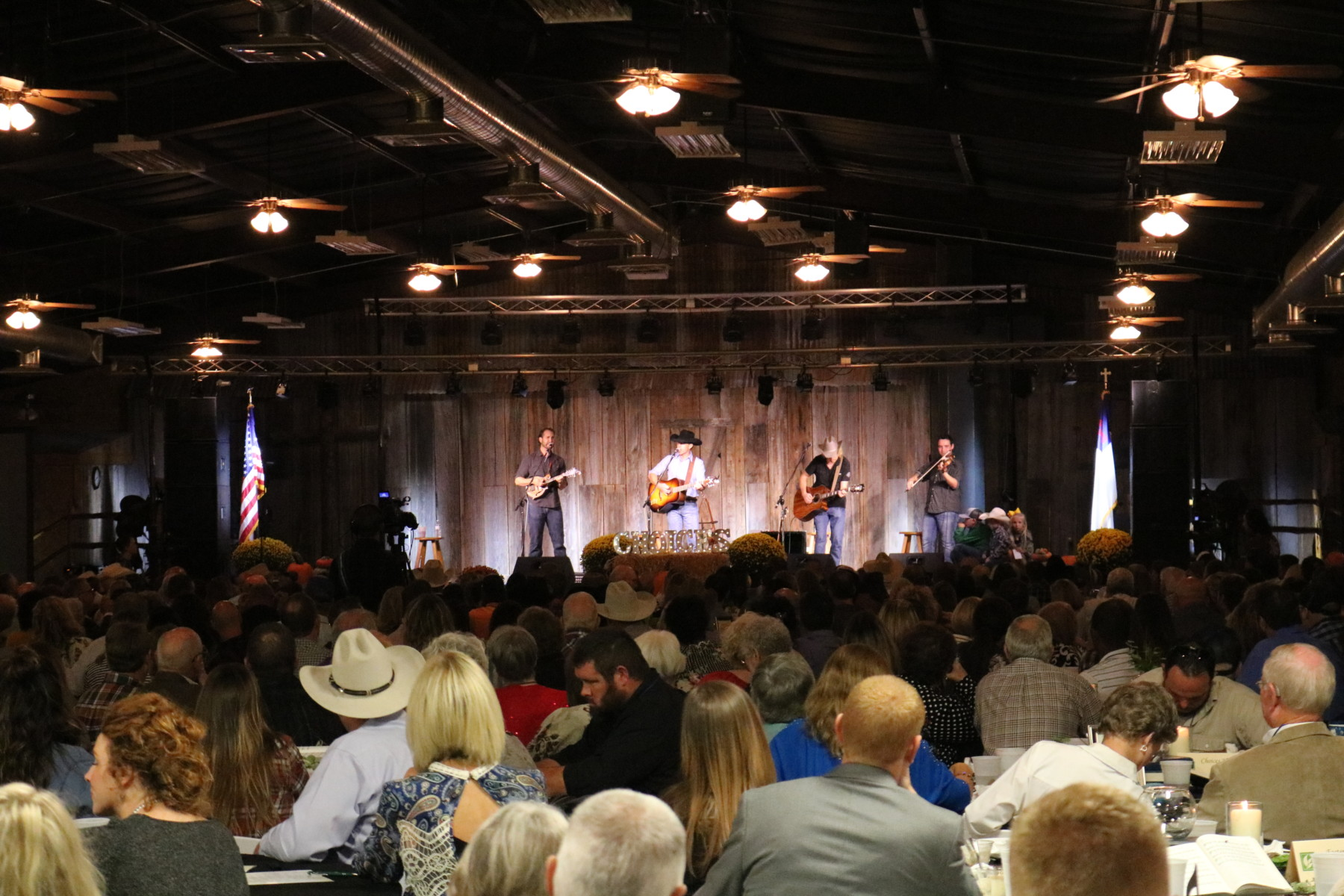 Choices Banquet Aaron Watson 5