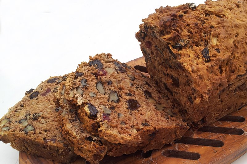 vegan apple walnut raisins bread