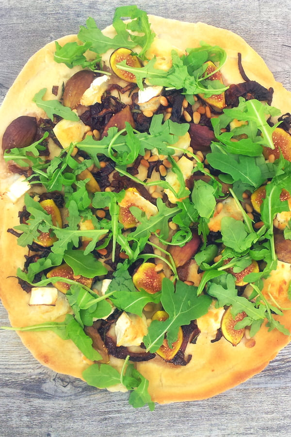 Figs, Goat Cheese and Rocket Pizza [vegetarian] © The Flexitarian - Annabelle Randles