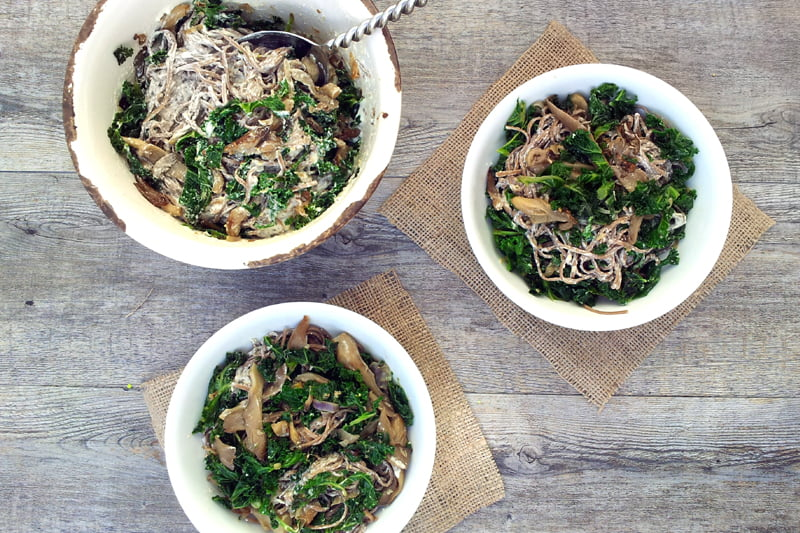 creamy kale and mushrooms soba noodles by The Flexitarian