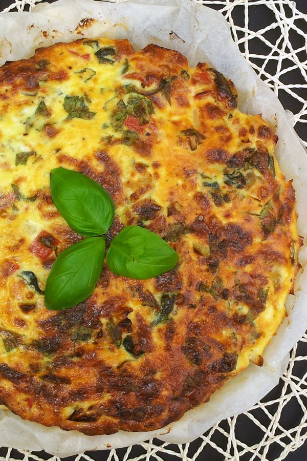 Leek & Spinach Crustless Quiche [vegetarian] by The Flexitarian