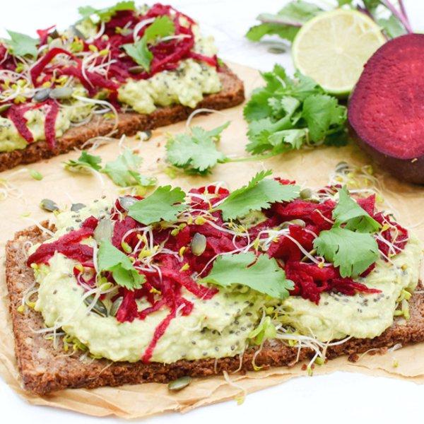 Superfood Open Sandwich [vegan]
