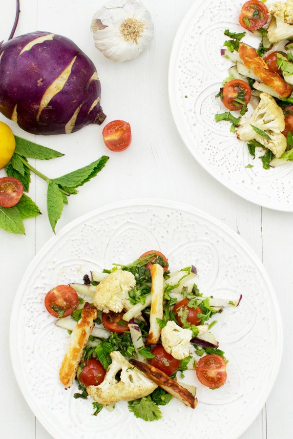 Cauliflower, Kohlrabi & Halloumi Salad [vegetarian] [gluten free] by The Flexitarian