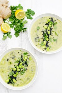 Courgette & Edamame Miso Soup [vegan] by The Flexitarian
