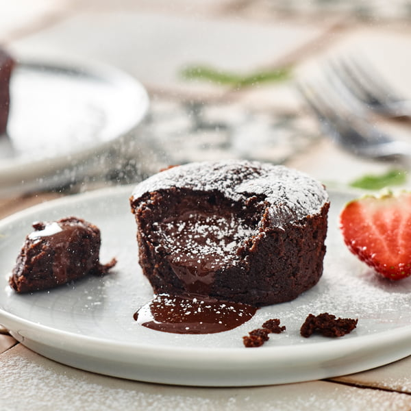 Iceland Launches Vegan No Moo Chocolate Melt in the Middle Puddings
