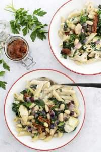 Spinach & Artichoke Creamy Pasta [vegan] 2020 © Annabelle Randles   The Flexitarian