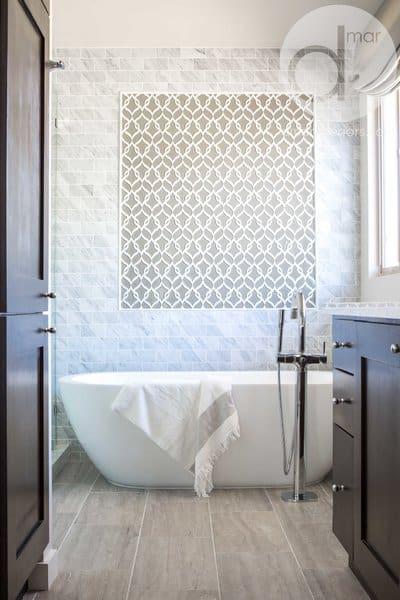 21 Modern Farmhouse Style Bathrooms for a Rustic Shabby ... on Rustic Farmhouse Bathroom Tile  id=89348