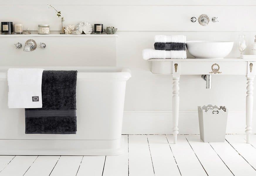 21 modern farmhouse style bathrooms for