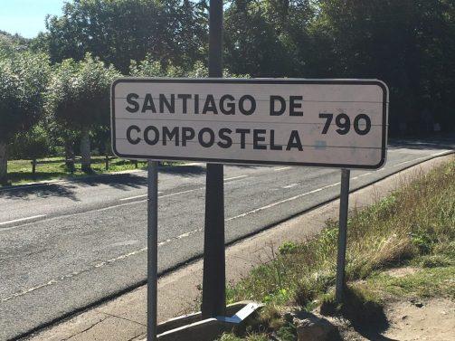 Santiago 790 sign