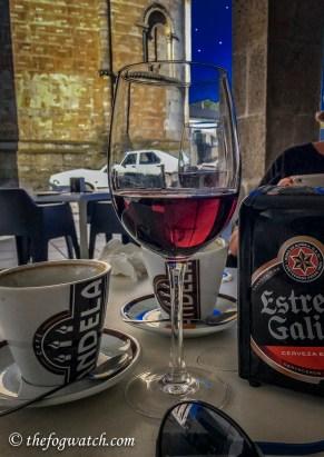 Vino tinto in Portomarin - post Camino blues