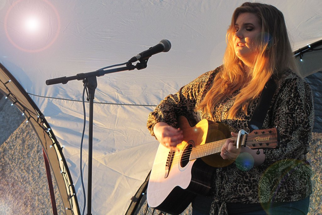 Alice Lynskey performing at the launch of the Folly Festival 2019