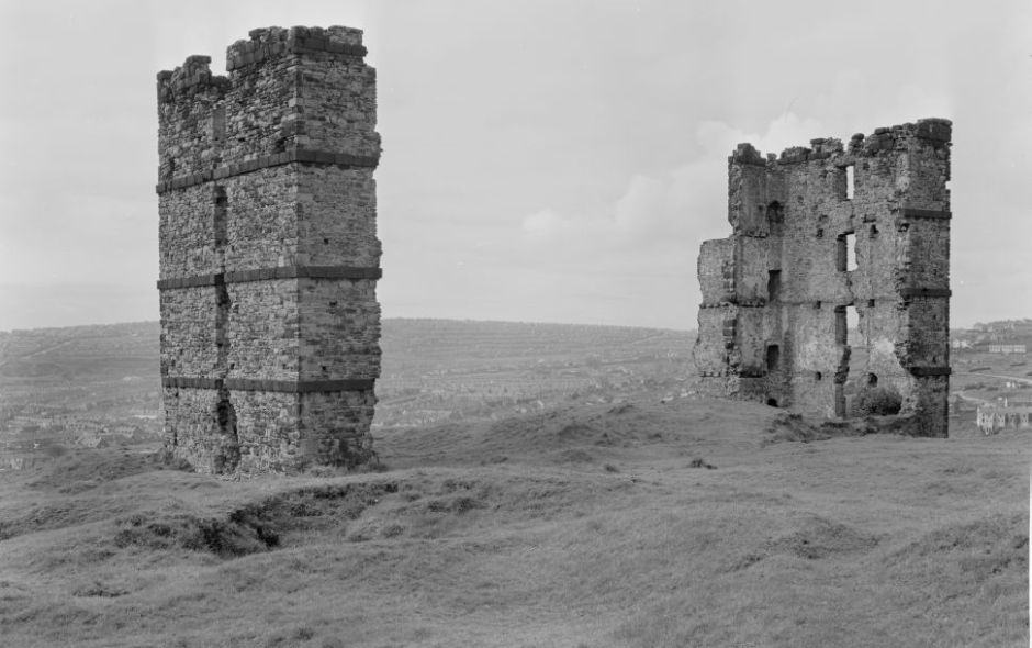 Morris Castle, Swansea, Glamorgan, Wales
