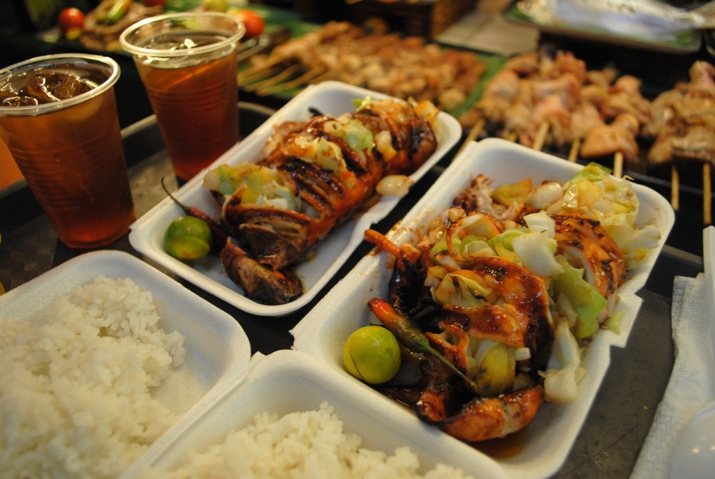 A Should-Never-Miss FoodStreet Experience In Tutuban