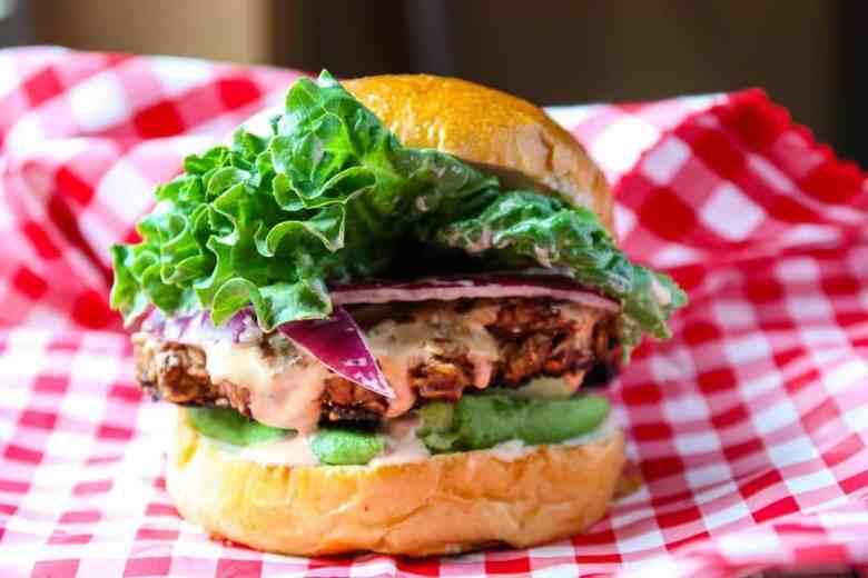 Southwestern Veggie Burgers  – Meatless Burger Recipe