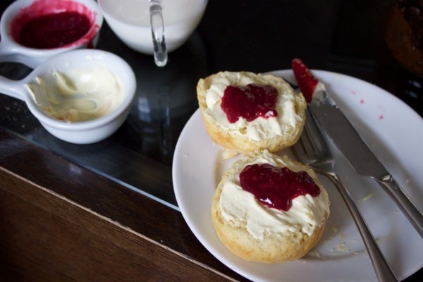 afternoon_tea_scones
