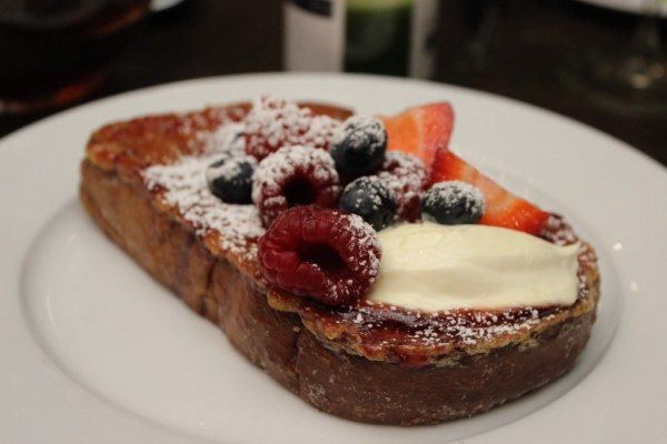 les_deux_salon_french_toast