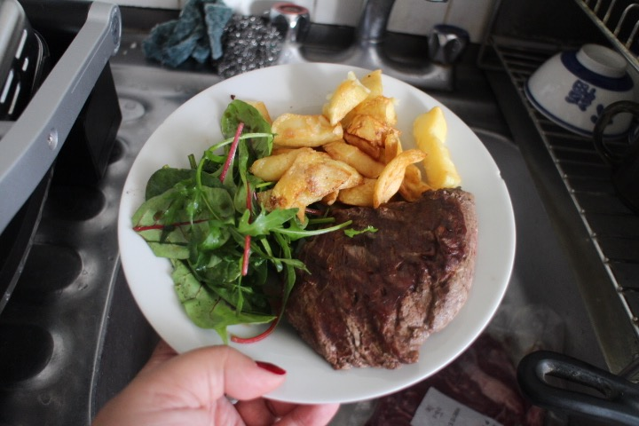market porter steak and chips