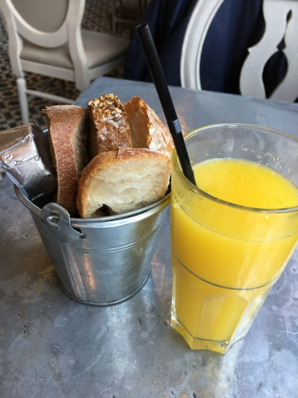 bread_OJ_aubaine