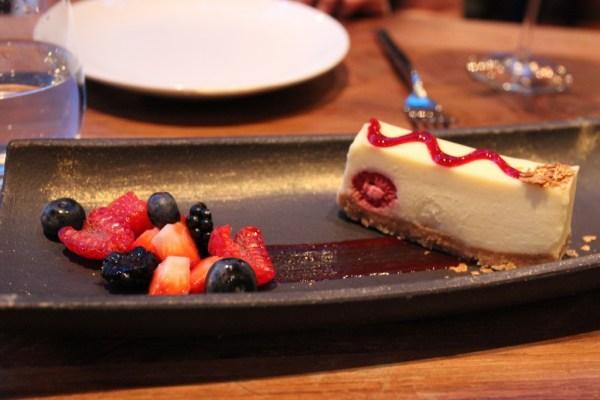 dstrkt_white_chocolate_cheesecake