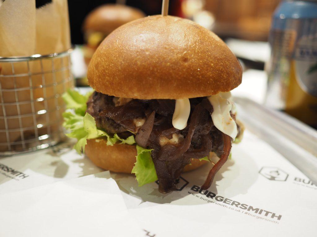 Burgersmith-Twickenham-Blue-and-Red-burger