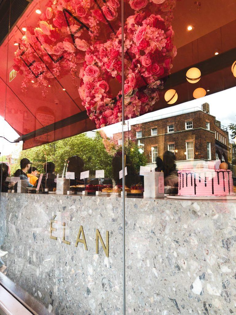 Élan Cafe outside