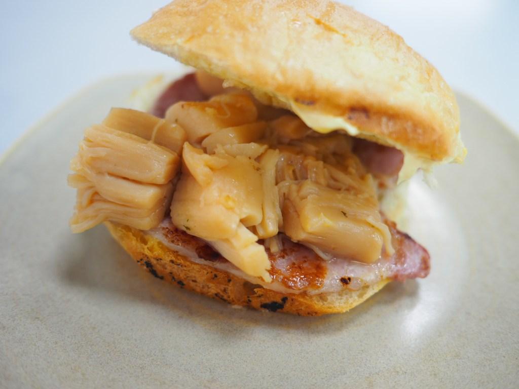 scallop bacon roll