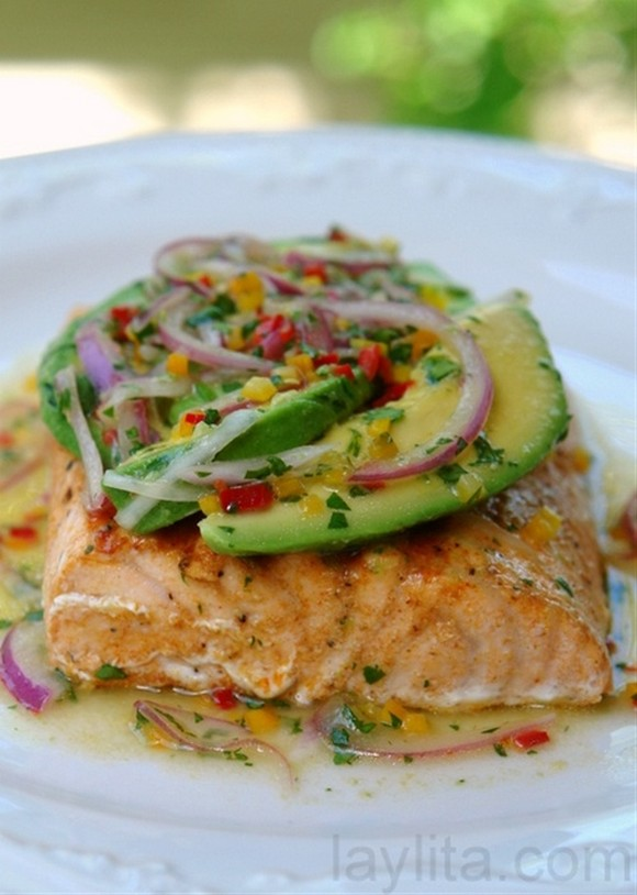 Avocado Lime Salmon recipe by Laylita