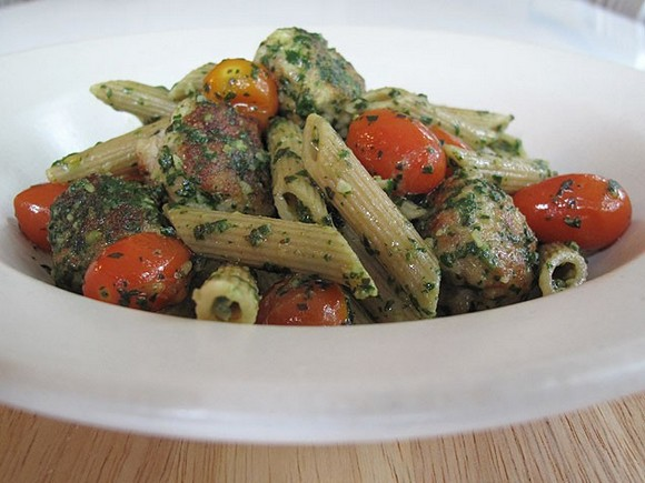 Whole Wheat Pasta with Chicken Meatballs and Spinach Pesto recipe