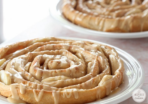 Spiral Apple Bread with Caramel Apple Glaze recipe photo