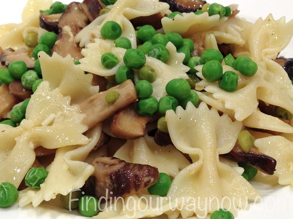 Pasta with Mushrooms and Peas recipe photo