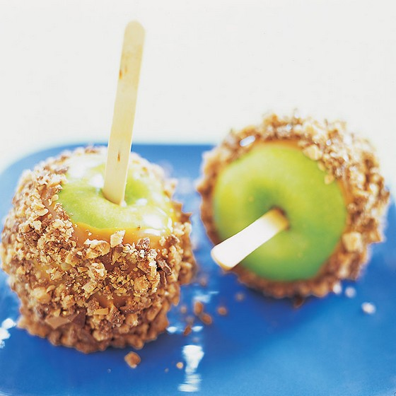 Halloween Candied Caramel Apples recipe photo