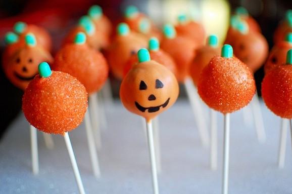 Pumpkin Cake Pops recipe photo