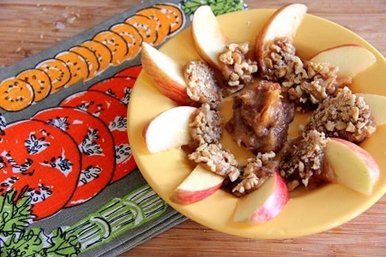 Raw, Refined Sugar-Free Caramel Apple recipe photo